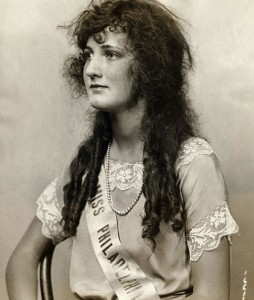 Ruth Malcomson, Miss America 1921. Dude, I could totally win if they let me do my hair like that.