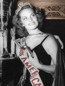 Jean Bartel, Miss America 1943. How gorgeous is she?